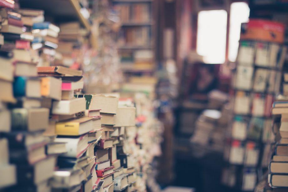 Bücher, Boykotte & Babybetten